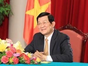 Chủ tịch nước Trương Tấn Sang trả lời phỏng vấn báo chí. (Nguồn: TTXVN)