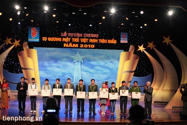 Vinh danh 10 gương mặt trẻ tiêu biểu Việt Nam 2010 ảnh 4