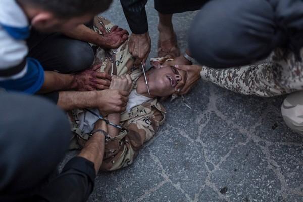 10 bức ảnh ấn tượng 2013: Đau thương và hoang tàn ảnh 2