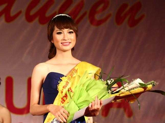Á khôi 2 Nguyễn Hà Phương