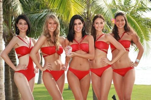 Những người đẹp lọt vào top 5 Beach Beauty. Ảnh: MW.