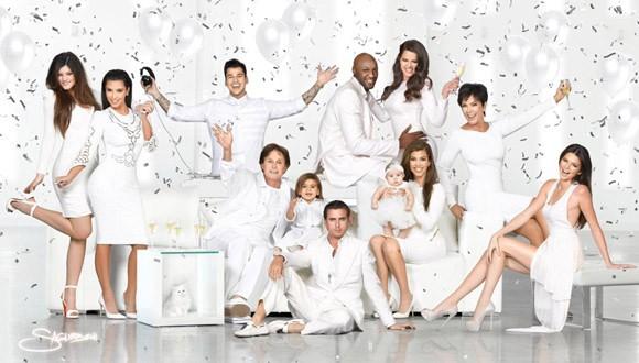 Những bộ ảnh các năm về trước của nhà Kardashian cũng rất ấn tượng