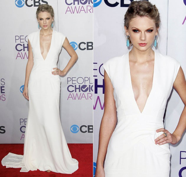 Taylor tự tin khoe ngực tại People Choice's Award