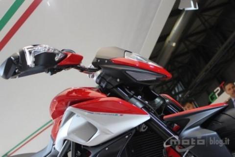 Chiêm ngưỡng motor đẹp nhất EICMA 2012 ảnh 8