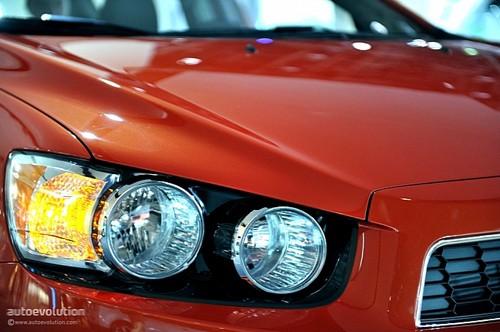 Chevrolet Sonic - đối thủ của Ford Fiesta lộ diện ảnh 9