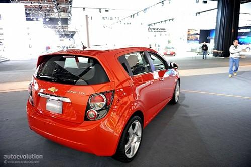 Chevrolet Sonic - đối thủ của Ford Fiesta lộ diện ảnh 19