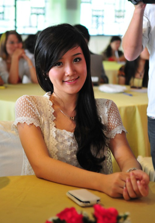 Các Miss Teen 2010 bịn rịn ngày chia tay ảnh 4
