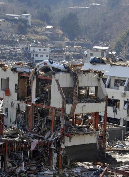 Ngành công nghiệp ôtô gián đoạn vì động đất Nhật Bản ảnh 4