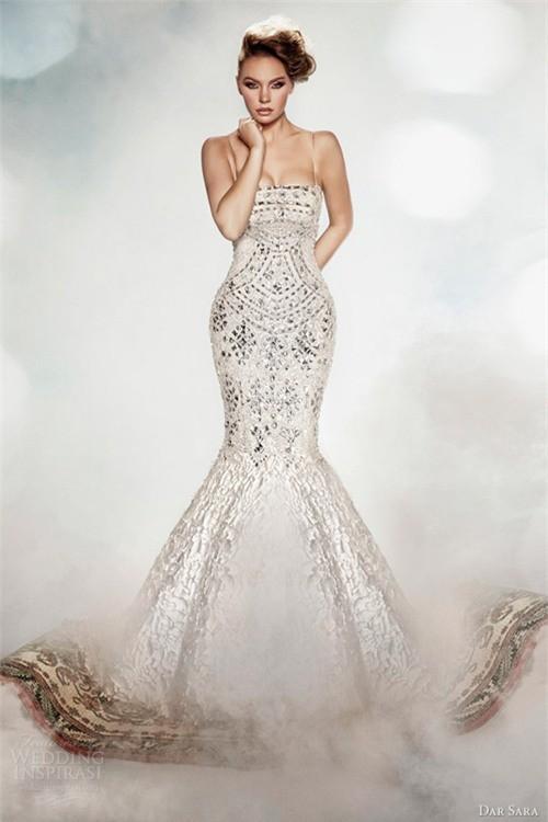 Váy cưới dành riêng cho cô dâu nóng bỏng ảnh 7
