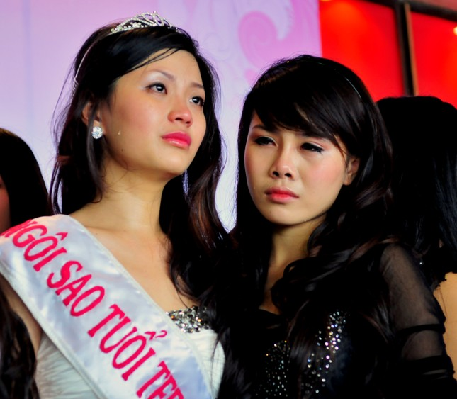 Các Miss Teen 2010 bịn rịn ngày chia tay ảnh 1