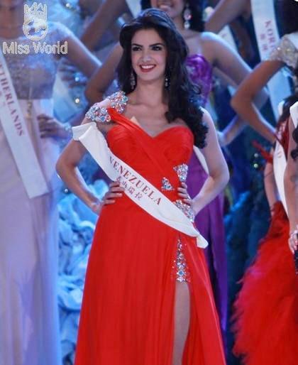 Ngắm các thí sinh tại đêm Chung kết Miss World 2010 - Phần 2 ảnh 11