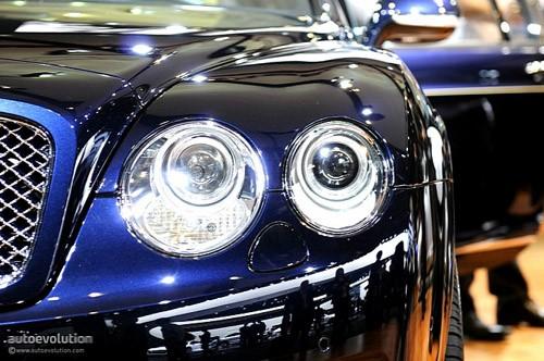 """Bentley mang """"hàng hiệu"""" tới triển lãm Detroit ảnh 2"""