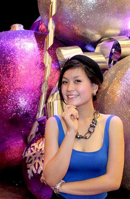 Miss Teen Diễm Trang xinh tươi xuống phố ngày Noel ảnh 1
