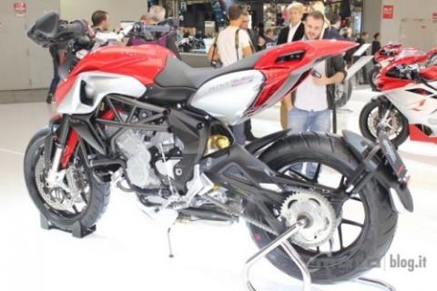 Chiêm ngưỡng motor đẹp nhất EICMA 2012 ảnh 3