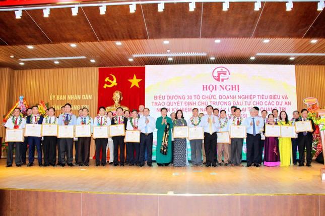 Biểu dương 30 tổ chức, doanh nghiệp tiêu biểu ở Quảng Trị ảnh 1
