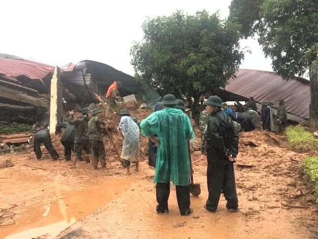 Kinh hãi hiện trường vụ sạt lở đất khiến 22 cán bộ, chiến sĩ ở Quảng Trị mất tích ảnh 3