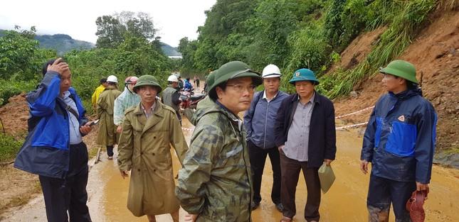 Kinh hãi hiện trường vụ sạt lở đất khiến 22 cán bộ, chiến sĩ ở Quảng Trị mất tích ảnh 9