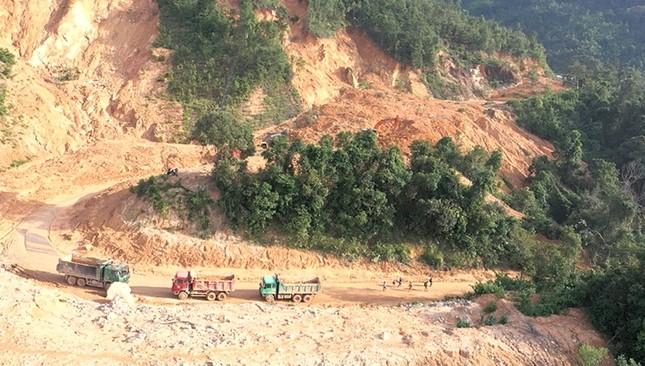 Tháo dỡ chốt cấm đường trên tuyến Hồ Chí Minh đoạn qua Quảng Trị ảnh 3