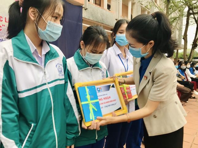 Tuổi trẻ Quảng Trị với nhiều hoạt động thiết thực trong Tháng Thanh niên 2021 ảnh 3