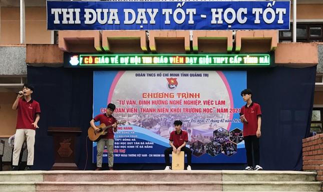 Tuổi trẻ Quảng Trị với nhiều hoạt động thiết thực trong Tháng Thanh niên 2021 ảnh 2