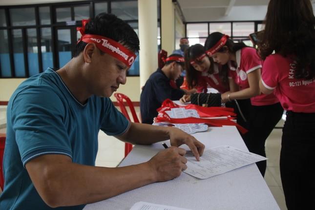 Ngày hội hiến máu tình nguyện 'Chủ nhật Đỏ' ở Quảng Trị ảnh 6