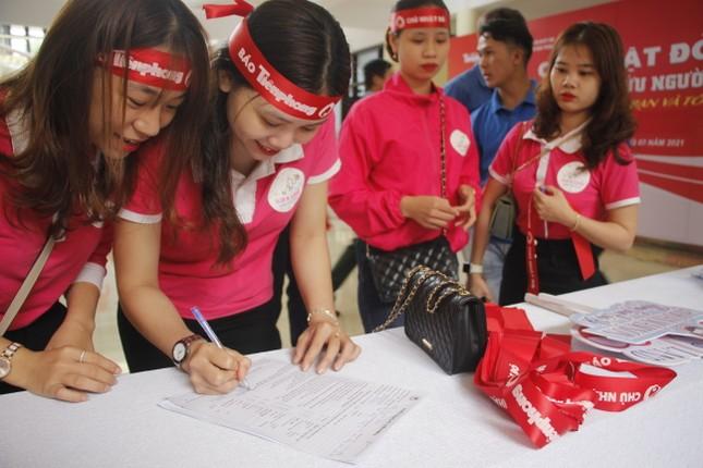 Ngày hội hiến máu tình nguyện 'Chủ nhật Đỏ' ở Quảng Trị ảnh 2