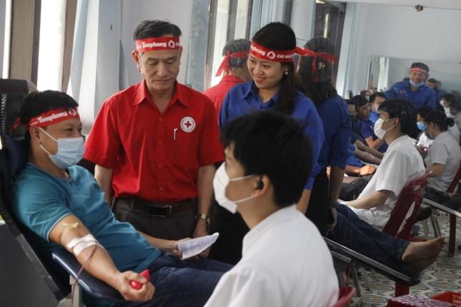 Ngày hội hiến máu tình nguyện 'Chủ nhật Đỏ' ở Quảng Trị ảnh 4