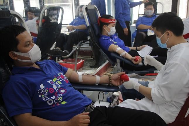 Ngày hội hiến máu tình nguyện 'Chủ nhật Đỏ' ở Quảng Trị ảnh 7
