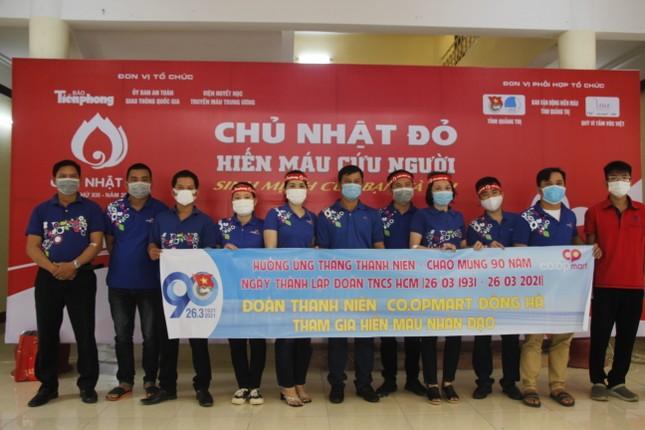 Ngày hội hiến máu tình nguyện 'Chủ nhật Đỏ' ở Quảng Trị ảnh 16