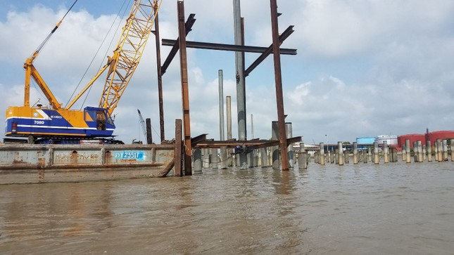 Chủ tịch UBND TPHCM: 'Làm cảng 'chui' giữa sông Sài Gòn là không thể chấp nhận ảnh 3