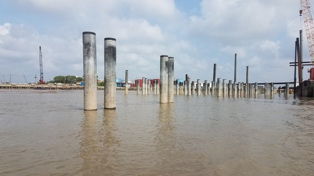 Chủ tịch UBND TPHCM: 'Làm cảng 'chui' giữa sông Sài Gòn là không thể chấp nhận ảnh 2