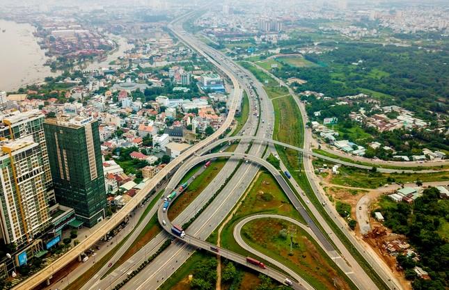 Chính quyền đô thị TPHCM khác Hà Nội, Đà Nẵng thế nào? ảnh 1