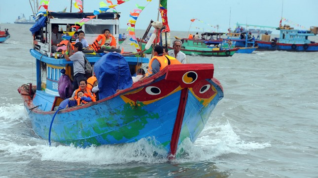 Nhiều tàu cá Bình Định nằm trong vùng nguy hiểm ảnh 1