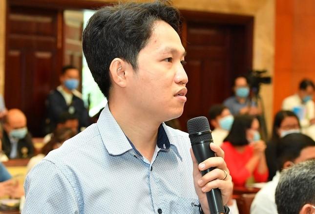 Nửa đêm, Chủ tịch TPHCM bị dân gọi phàn nàn về 'hung thần' karaoke ảnh 1