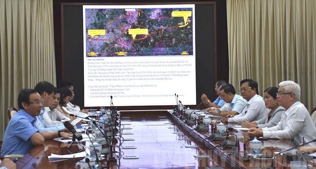 Ông Nguyễn Văn Nên cùng Bí thư Bình Phước bàn làm cao tốc TPHCM-Chơn Thành ảnh 1