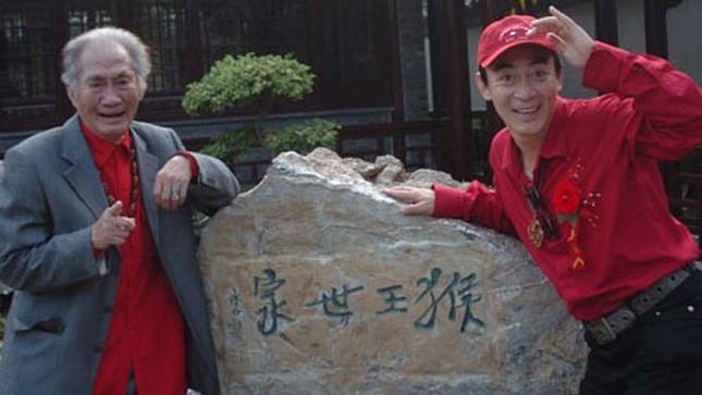 Lục Tiểu Linh Đồng coi cha như người thầy nghiêm khắc ảnh 1