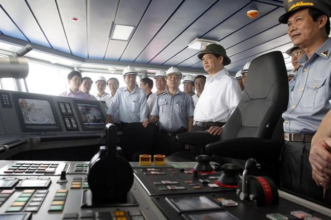 Cận cảnh tàu Kiểm ngư hiện đại nhất Việt Nam ảnh 3