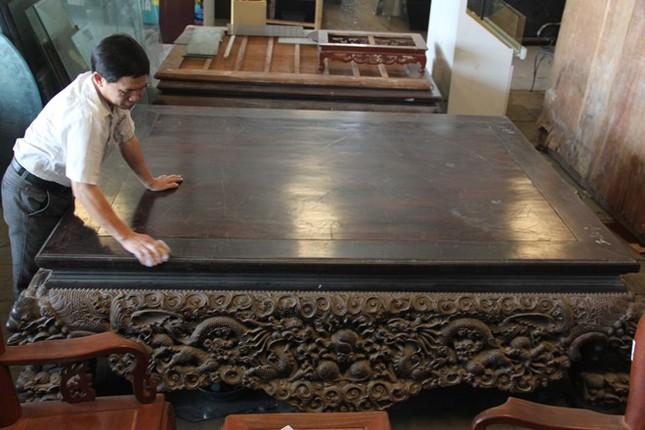 Sập gỗ trắc bạc tỷ của tay buôn đồ cũ Hà thành ảnh 2