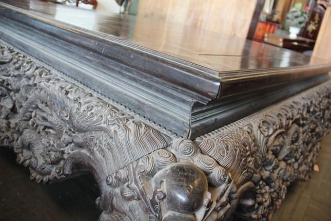Sập gỗ trắc bạc tỷ của tay buôn đồ cũ Hà thành ảnh 4