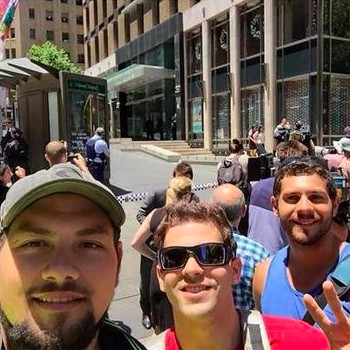 Chụp ảnh 'tự sướng' gần hiện trường vụ bắt cóc ở Sydney ảnh 3