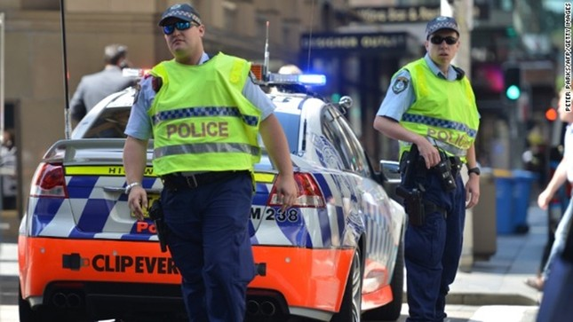 [ẢNH] Lính bắn tỉa bao vây kẻ bắt cóc con tin ở Sydney ảnh 3
