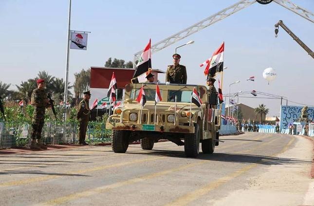 Phòng không Iraq duyệt binh khoe vũ khí tối tân ảnh 2