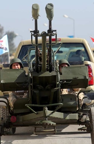 Phòng không Iraq duyệt binh khoe vũ khí tối tân ảnh 6