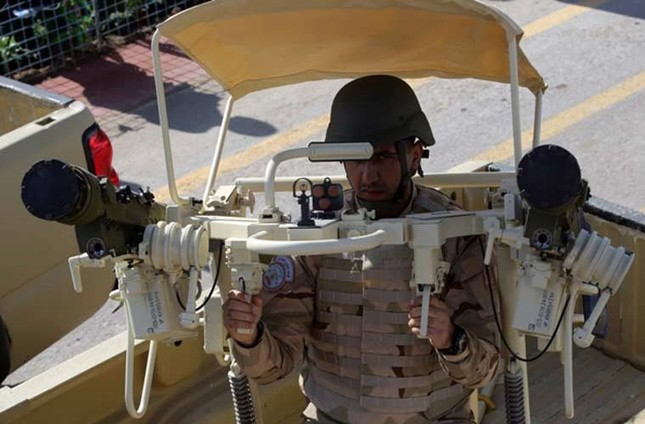 Phòng không Iraq duyệt binh khoe vũ khí tối tân ảnh 7