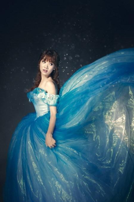 Hari Won hóa thành Cinderella bên 'Hoàng tử' Harry Lu ảnh 2