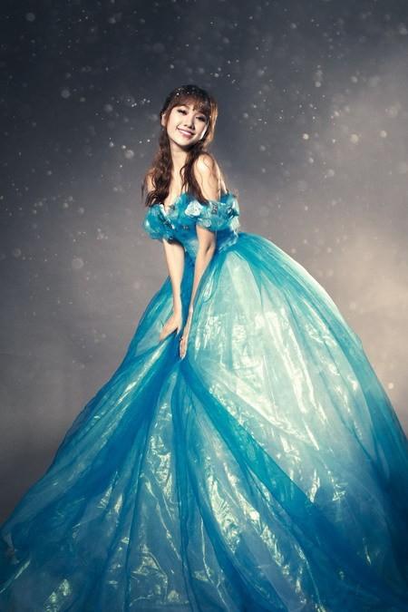 Hari Won hóa thành Cinderella bên 'Hoàng tử' Harry Lu ảnh 4