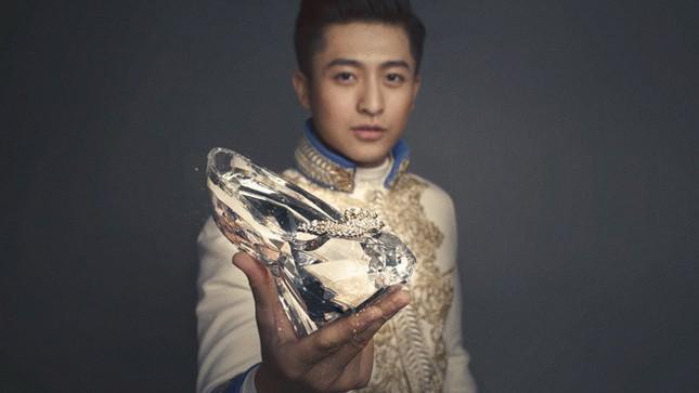 Hari Won hóa thành Cinderella bên 'Hoàng tử' Harry Lu ảnh 9