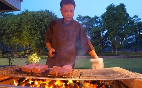 Vùng đất của loại thịt bò đắt hơn cả ở Kobe ảnh 1