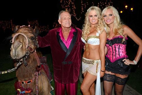 Rao bán chốn tiệc tùng của ông trùm Playboy với giá 200 triệu đô ảnh 2