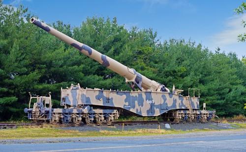 Hé lộ về siêu pháo lớn nhất thế giới của phát xít Đức ảnh 1